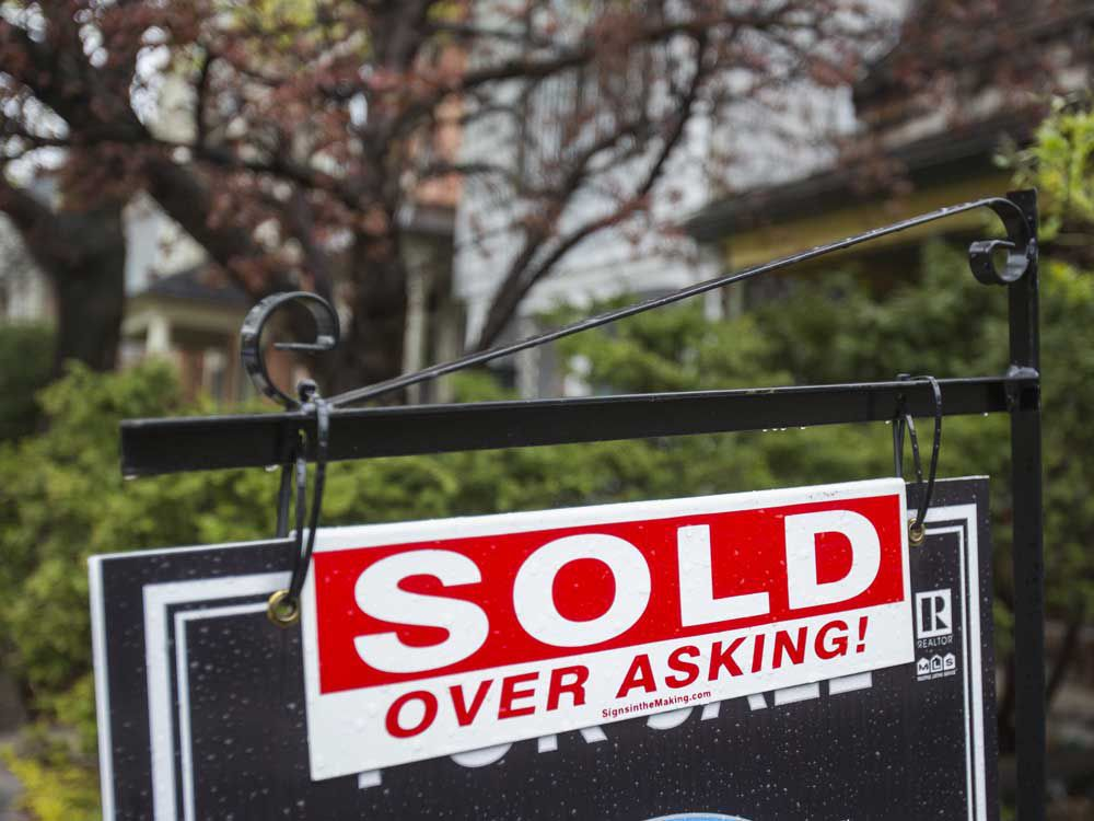 Toronto condo dwellers flock to exurbs, creating domino effect across Southern Ontario real estate