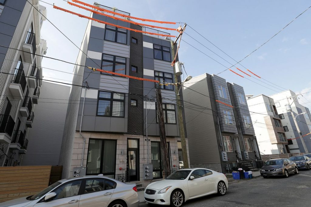 New city law aims to crack down on real estate 'wholesalers,' seen as exploiting underinformed property owners
